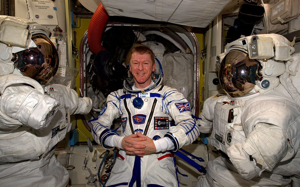 Watch Astronaut Tim Peake Return to Earth
