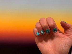 jess-wade-science-nail-art